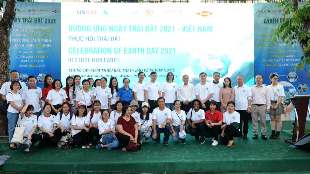 Lễ mít tinh hưởng ứng Ngày Trái đất năm 2021 tại Hồ Hoàn Kiếm